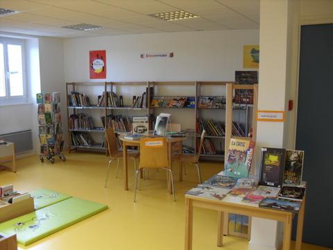 Intérieur de la bibliothèque de Montfaucon