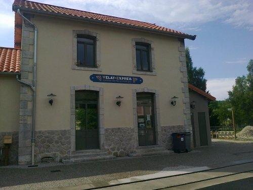 Réhabilitation du bâtiment de la gare d'Oumey